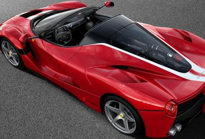La Ferrari LaFerrari Aperta n°210 aiuterà Save The Children