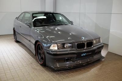 Come vi sembra una E36 M3 preparata in maniera impeccabile?