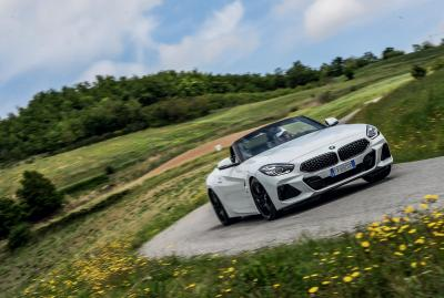 EVO MOMENTS: BMW Z4 S DRIVE30i M SPORT - Video