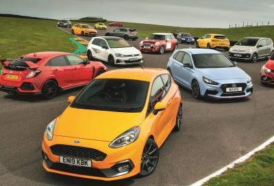 Hot Hatch Megatest: 14 auto a confronto