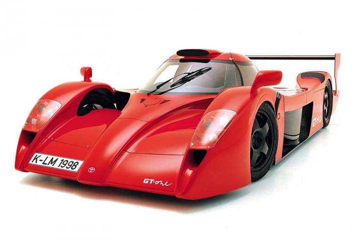 Toyota GT-One stradale